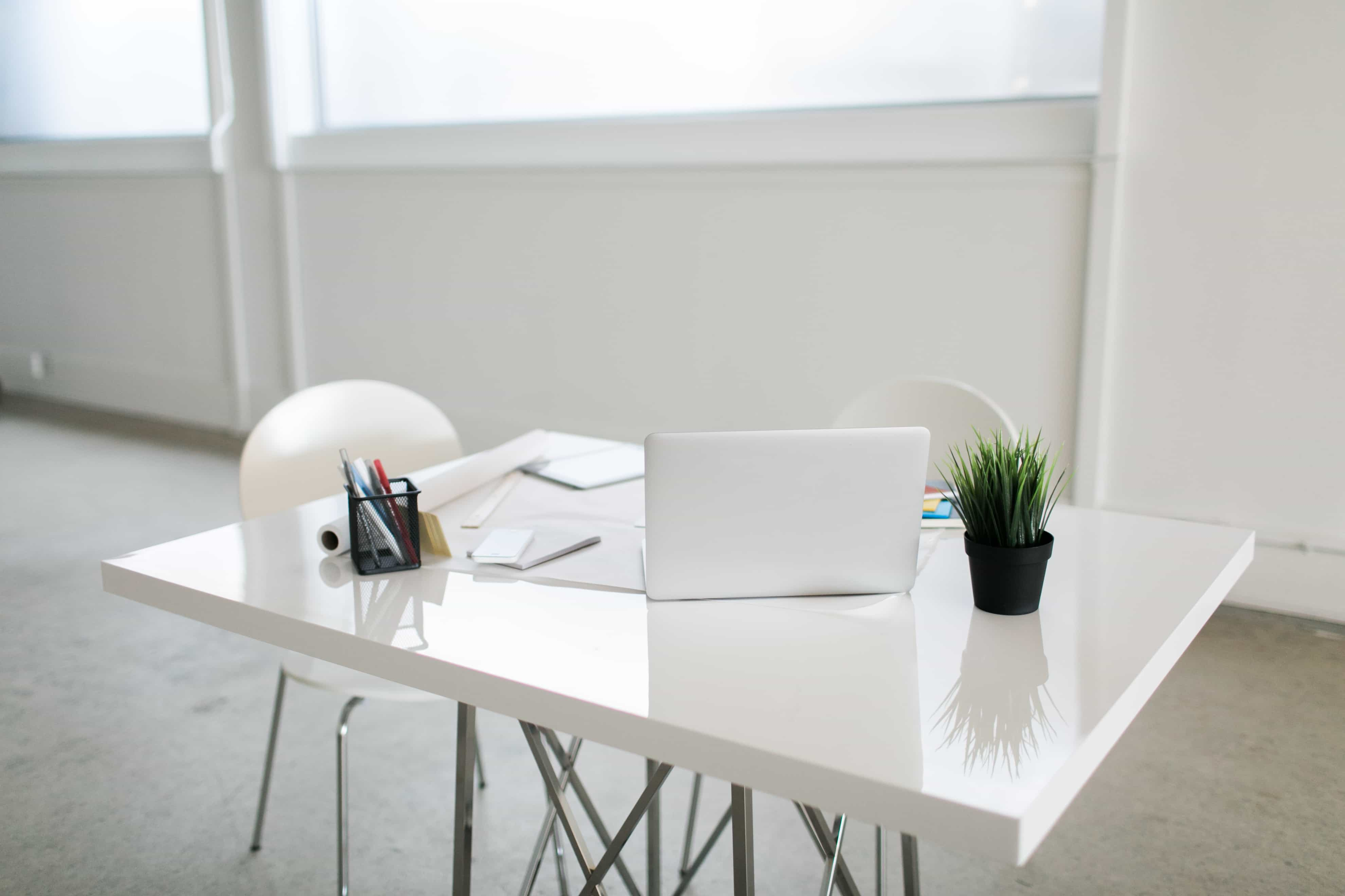 how to clean office space
